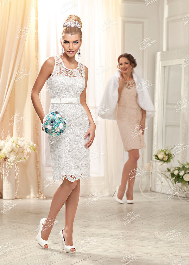 Фото платьев на свадьбу зимой