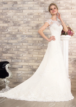 c8849a68c1d Купить свадебные платья со шлейфом пышные и кружевные
